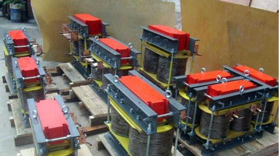 一种用于感应加热电源/中频炉电源的平波专用电感器